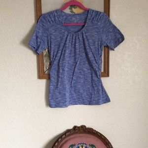 Woolrich work out shirt sz Pet L w/ hidden pocket!